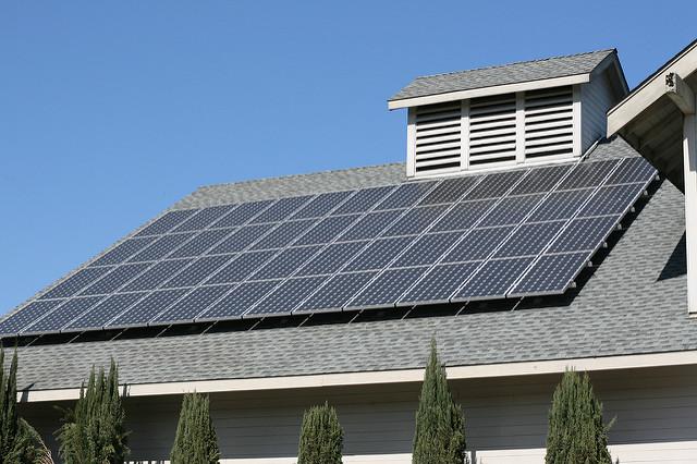 tamaño del sistema solar fotovoltaico