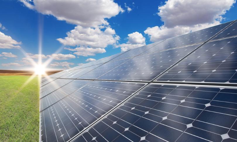 CUÁNTA ENERGÍA PUEDE PRODUCIR UN PANEL SOLAR EN UN DÍA?