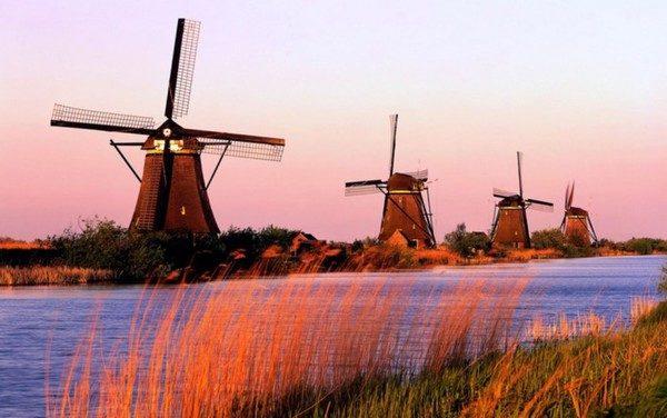 Breve historia de la energía eólica: el origen de la ruta del viento