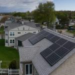 Cuántos paneles solares necesito para 1000 kWh por mes