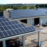 ¿Qué factores determinan la eficiencia del panel solar?