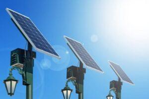 ¿Cuánto tiempo tardan en cargarse las luces solares?